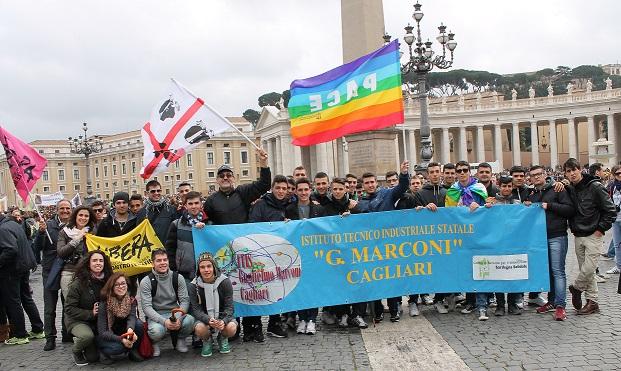 Papa Francesco all'Angelus  saluta gli studenti di Cagliari e il CSV Sardegna Solidale